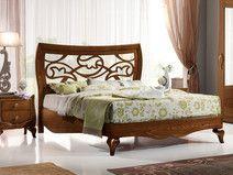 Bett aus Eschenholz