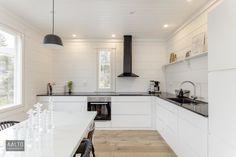 Interior Design Living Room, Living Room Decor, Bedroom Decor, Tidy Kitchen, Kitchen Decor, Kitchen Ideas, Log Homes, Cool Kitchens, Kitchen Cabinets