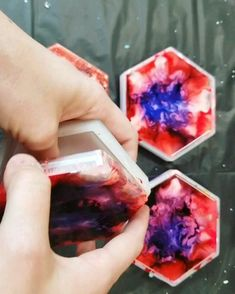 Alcohol Ink & Resin Coaster Set - Resin - Home Epoxy Diy Resin Crafts, Diy Arts And Crafts, Upcycled Crafts, Diy Resin Tutorial, Resin Furniture, Furniture Stores, How To Make Resin, Alcohol Ink Crafts, Diy Epoxy