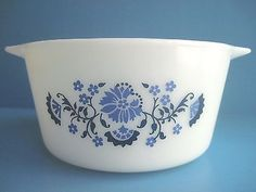 Vintage Pyrex 1 Qt RD Casserole Dish 473 RARE Promotional Blue Floral Onion
