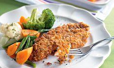 Peixe crocante - Ingredientes 8 filés de pescadinha 2 abobrinhas ou 2 bananas da terra 1 xícara (chá) de parmesão ralado 2 xícaras (chá) de farinha de rosca 1 xícara (chá)