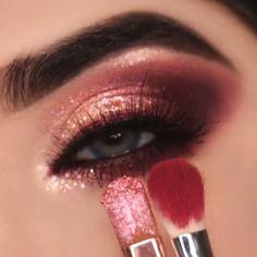 Rose Gold Makeup Looks, Gold Eye Makeup, Eye Makeup Steps, Makeup Eye Looks, Glam Makeup, Gorgeous Makeup, Skin Makeup, Eyeshadow Makeup, Makeup Makeover
