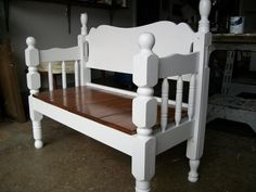 Wooden DIY Twin Headboard Bench Designs For Outdoor - Refurbished Furniture, Repurposed Furniture, Furniture Makeover, Distressed Furniture, Old Headboard, Headboard Benches, Wooden Headboards, Bed Frame Bench, Bed Frames