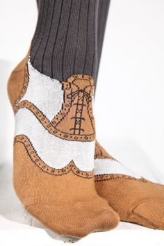 trompe l'oeil knits - I've always loved the baby socks that look like sneakers or ballet shoes & said they should have those for adults.