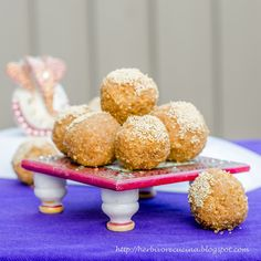 Herbivore Cucina: Celebrate Ganpati with these amazing Churma Ladoos. Wheat flour, jaggery and ghee comes together to make these irresistible beauties! #ganpatibappamorya