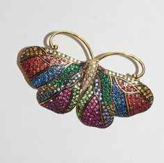 Exquisite Joan Rivers Crystal Butterfly Pin Brooch     - S362