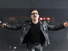 U2 fará show de abertura da Copa do Mundo de 2014 no Rio de Janeiro http://aguriadourada.blogspot.com.br/2013/10/u2-fara-show-de-abertura-da-copa-do.html