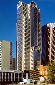 Philip Johnson Comerica Bank Tower, Dallas, Texas (1987)