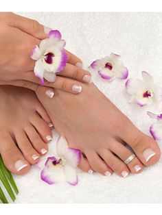 Trendy how to do a french pedicure manicure at home ideas Pedicure Tips, Pedicure Supplies, Pedicure Colors, Pedicure At Home, Manicure Y Pedicure, Mani Pedi, Nail Colors, Nail Spa, Beauty Make Up
