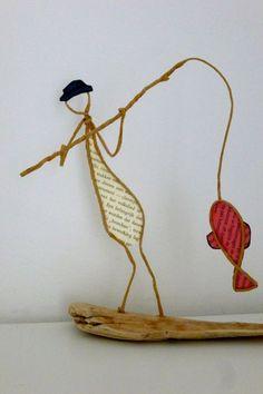 Le pêcheur - figurine en ficelle et papier: