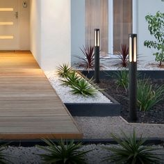 How To Upgrade Your Home s Entrance Increase Curb Appeal The DIY Life Garden Garden design Garden ideas Garden landscaping Garden lighting Modern Landscape Design, Modern Garden Design, House Landscape, Modern Landscaping, Front Yard Landscaping, Landscape Edging, Landscape Art, Landscape Paintings, Landscape Photography