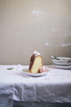 lemon bundt cake//