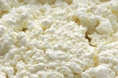 How to make Cottage cheese at home. I miss cottage cheese. There's no cottage cheese in Korea. This recipe turns out nice and dry, like it is in Japan, and I love it! I found I liked it even better with a little salt added. Homemade Cottage Cheese, Cottage Cheese Recipes, Homemade Cheese, Cottage Cheese Pierogi Recipe, Lactose Free Cottage Cheese, Goat Milk Recipes, No Dairy Recipes, Cooking Recipes, Easy Cheese
