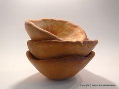 Kleiner Kuriositätenladen: Suppenschüsseln aus Brotteig
