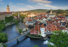 Cesky Krumlov ... so picturesque. And the people so welcoming ... That's the Vltava River in this exquisite UNESCO town in Bohemia, Czech Republic