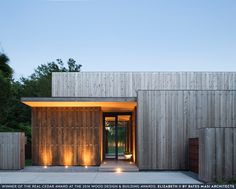 Winner of the Real Cedar Award at the 2014 Wood Design & Building Awards: Elizabeth II by Bates Masi Architects