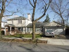 142-07 Hoover Ave  Briarwood, NY 11435    MLS # 2481960 - Long Island MLS - One Family    $1,150,000  Colonial  5 Bedrooms  3 Full 1 Half Bathrooms