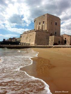 Torre Cabrera o di Santa Maria della Pietà di Pozzallo.