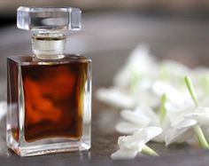 Chiaroscuro Natural Botanical Perfume: 190 Proof Organic grape alcohol; Vital plant essences including: spice, myrtle, jasmine, patchouli and jatamansi (spikenard); Five of our own artisanal tinctures including jasmin sambac blossoms from the garden and organic cacao nibs.