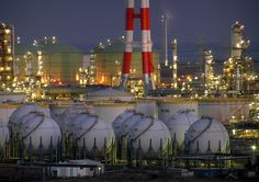 夜に瞬く鹿島の化学プラント Plant Night, Oil Refinery, Crude Oil, Cities, Skyline, Industrial, Urban, Marketing, Website