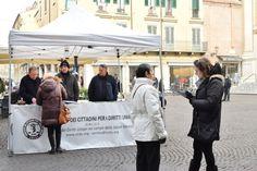 In piazza Mantegna il Comitato: Una legge per il trattamento sanitario obbligatorio