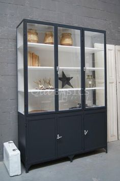 Kasten - Lilly is Love New Homes, Home And Living, Home Living Room, Glass Cabinet Doors, Living Room Inspiration, Home Kitchens, Home, Fantastic Furniture, Glass Cabinet