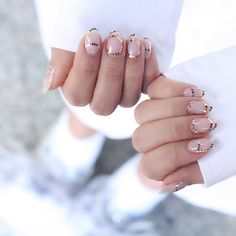 Last-Minute Holiday Nail Inspo From Korea's Hottest Salons - FLARE