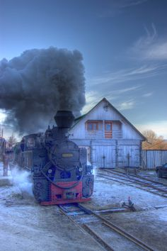 Romania, Maramures county: Welcome to the last European forestry railway Since… Chattanooga Choo Choo, Old Steam Train, Visit Romania, Rail Train, Bonde, Old Trains, Train Tracks, Beautiful Places To Visit, Train Station