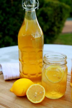 Healthy Ice Tea Recipe it's sugar free, LOADED with antioxidants, and tastes amazing!!