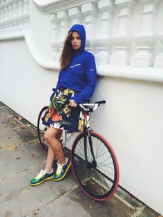 Cycling chick