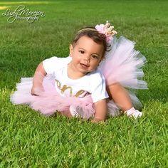 Parece que fue ayer cuando comencé con esta hermosa aventura con esta  muñequita a tomarles las fotos mes a mes ...Wow un añito eres toda una princesita que el señor te bendiga Gracias LismaYordy Rodríguez por vivir cada momento junto a ustedes #HappybirthdayPrincess #WorkingToCreateMemories #IloveMemories #IlovePhotography #LudyMorejonPhotography #LudyMorejonPictures #FelizCumpleaños 🎉🎉🎉🎉🎉🎉🎉
