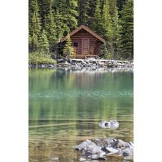 Cabin at The Lake (cabin is the name for a cottage in the woods). Lake Cabins, Cabins And Cottages, River Cabins, Mountain Cabins, Mountain Homes, Ideas De Cabina, Cabin In The Woods, Cabin On The Lake, Small Log Cabin