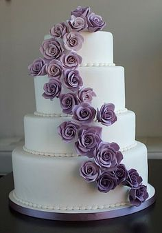 Purple wedding cake ideas - purple and purple Lila Hochzeitstorte Ideen – violette und purpurrote Muster purple roses pattern wedding cake ideas four - Purple Wedding Cakes, Purple Wedding Flowers, Wedding Cakes With Cupcakes, Wedding Cake Decorations, Wedding Cakes With Flowers, Beautiful Wedding Cakes, Wedding Cake Designs, Purple Roses, Cake Wedding