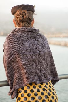 Selkie by Melissa Schaschwary. malabrigo Chunky in Pearl Ten colorway.