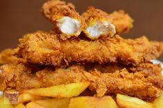 Chicken Strips, Aesthetic Food, Onion Rings, Kfc, Fajitas, Martha Stewart, Delish, Food And Drink, Tasty