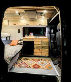 Vanlife Customs: Sprinter kitchenette and folding bench - CARAVAN 4x4 Camper Van, Diy Camper, Camper Life, Van Conversion Interior, Camper Van Conversion Diy, Camping Vans, Transit Camper, Sprinter Camper, Mercedes Sprinter