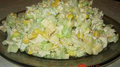 Úžasný zelerový šalát namiesto ťažkej klasiky zo zemiakov – netreba ho žiadno dochucovať: Kráľ medzi šalátami – tá chuť prekvapila každého! Polish Recipes, Mozzarella, Salad Recipes, Potato Salad, Tapas, Cabbage, Food And Drink, Low Carb, Cooking Recipes
