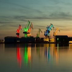 Dean Skira has turned eight cranes at one of the world's oldest working shipyards into a giant light show_Croatia