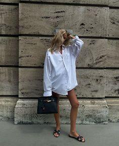 Denim Outfit, Unisex, Personalized T Shirts, Minimalist Fashion, Modern Minimalist, Spring Summer Fashion, Winter Fashion, Korean Fashion, Street Wear
