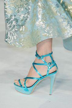 Talbot Runhof at Paris Fashion Week Spring 2015 - Details Runway Photos