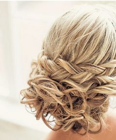 A gorgeous braided updo perfect for any wedding! {Posh Styling}