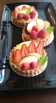 Fruit tarts with vanilla bean pastry cream! 100% Vegan at Violet Sweet Shoppe! Seattle, Washington <3 #MyVeganJournal