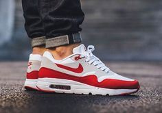 Nike Air Max 1 Ultra Essential OG 'White Red'