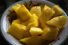 On démarre le week end sous le signe de l'ananas! Belle journée <3 <3 <3 LOVE #fruits #lovefruits #love #abondance