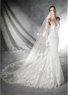 Elegant Tulle Bateau Neckline Mermaid Wedding Dress with Lace Appliques