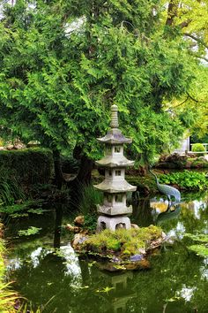 ⍋Green Gardens⍋ zen, formal, topiary & landscape parks & gardens - Japanese Garden with Stone Pagoda and bronze cranes in the Pond. Dream Garden, Garden Art, Garden Trees, Japan Garden, Japanese Garden Design, Parcs, Water Garden, Outdoor Gardens, Zen Gardens