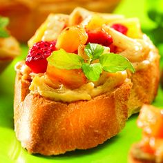 Strawberry Banana-Nut Breakfast Bruschettas