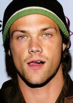 But his eyes tho! Gotta love Jared Padalecki aka Sam Winchester!