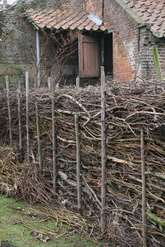 Garden waste as fence
