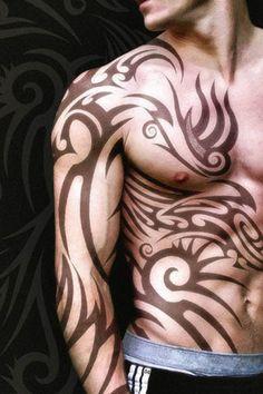 Fondo de Pantalla de tatuaje tribal masculino para iPhone